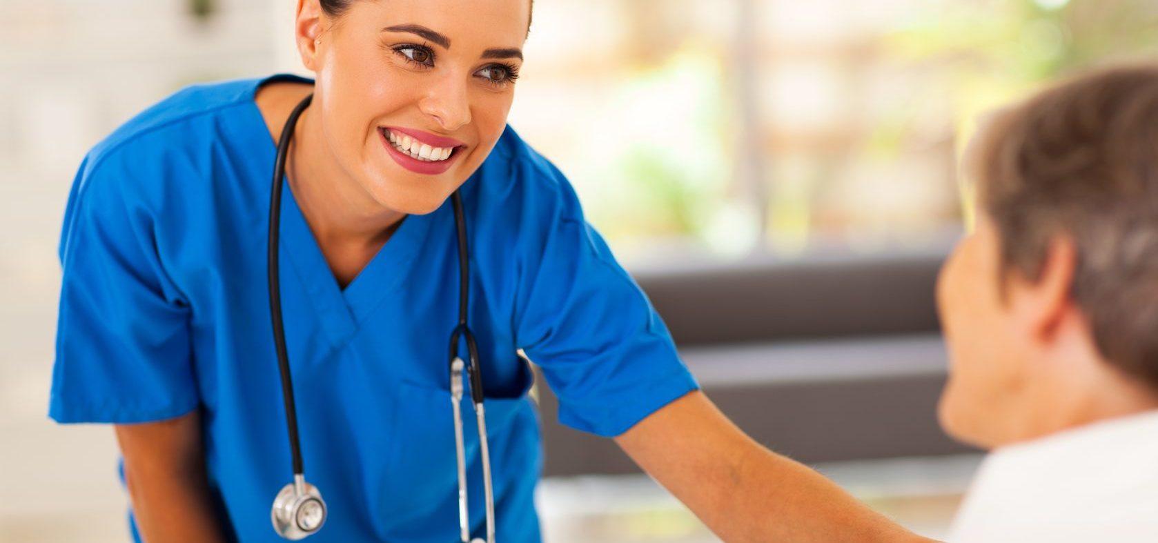 ¿Qué debo saber al contratar un servicio de enfermería?